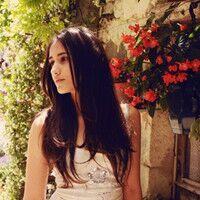 头像带花的欧美女生头像微信专用_www.aioppo.cn