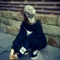 伤感女生QQ头像:泪人怎留_www.aioppo.cn