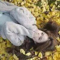 复古文艺女生头像 不能感情用事但要用感情去生活_www.aioppo.cn